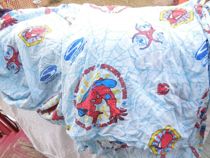 Sheet Sets, Twin Size Spider man Sheet Set, 1 Flat and 1 Fitted Sheet Set,