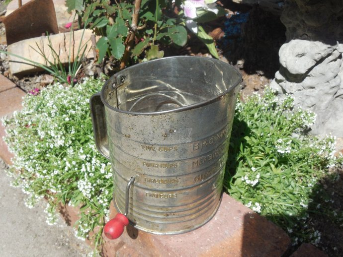 Bromwells Flour Sifter with red wooden handle, Vintage Kitchen, Country Kitchen,