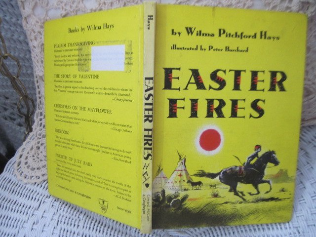 Easter fires By Wilma Pitchford Hays Book 1959, Antique Book, Old Book, Vintage