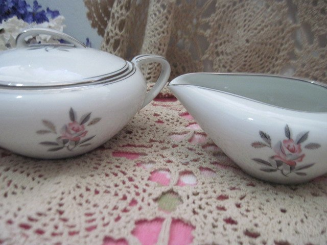 Noritake China Rosales Sugar Bowl w/Lid and Creamer, Noritake , China, Vintage