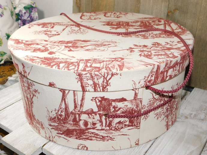 Hat Box, Vintage Hat Box, 14 1/2 In X 7 in, Red Hat box, Vintage Home Decor,