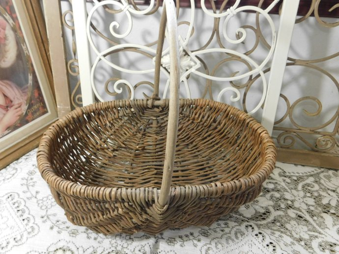 Wicker Branch Basket Oval Size with Branch Handle, Ribbed Basket, Egg Basket,