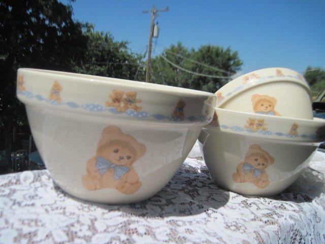 Nesting Bowls, Set of 3 Vintage  Stone Ware Bear Nesting Bowl Set, Nesting