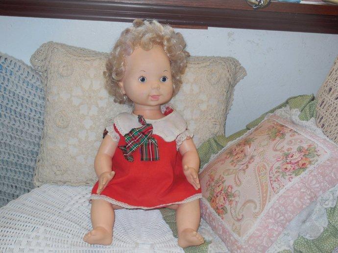 Vogue Doll Sweet use to talk 1978, Vintage Doll, Doll, Vintage Talking Doll,