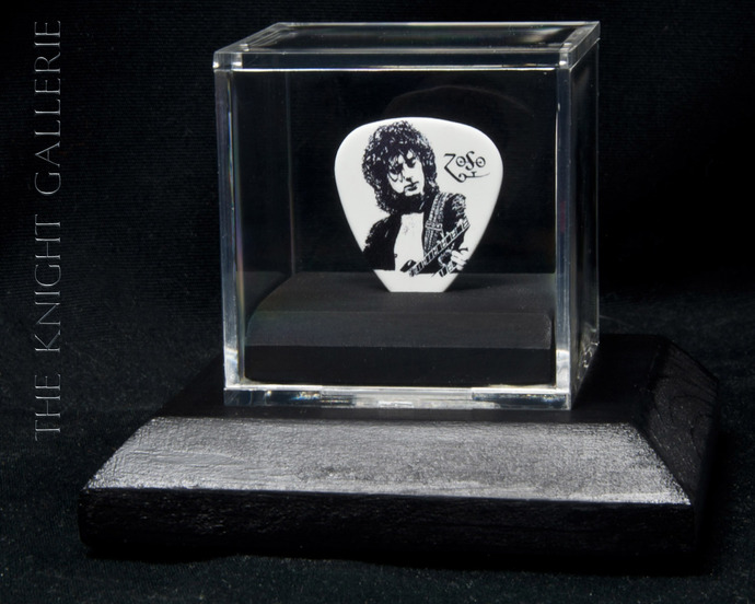 Commemorative guitar pick and display case: Jimmy Page