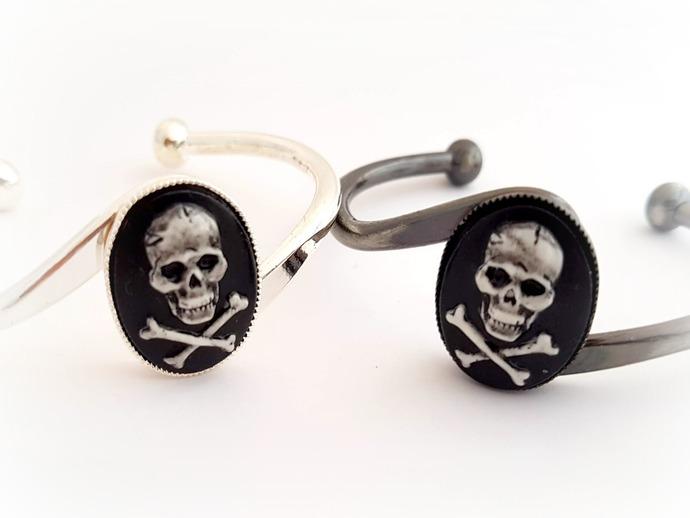 Pirate skull cameo cuff bracelet, goth pirate bracelet
