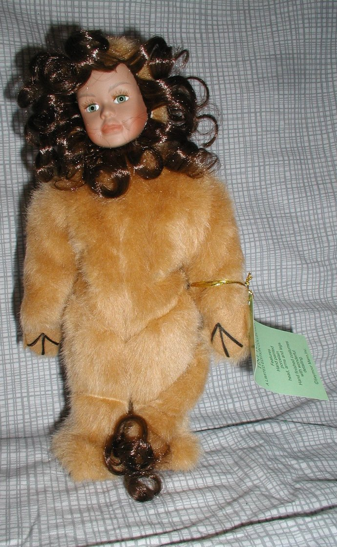 Chandra the Lion Doll lion personified here more cowardly but could perk up