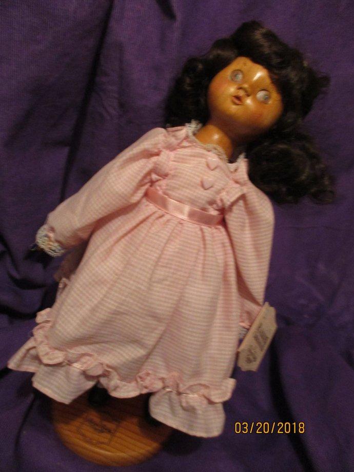 Chaviva an emotional spirit religious spiritual Hebrew wooden Raikes doll