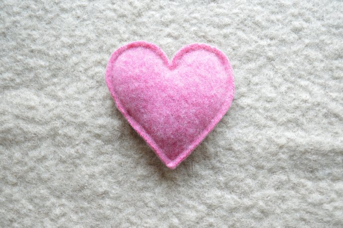 One Lavender Filled Heart Sachet - Rose Pink Cashmere