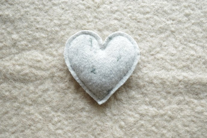One Lavender Filled Heart Sachet - Grey Wool with Flower Bud Print