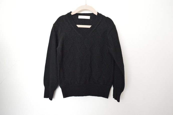 Childs Toddlers Black Merino Wool Pullover V-Neckline Sweater Size 4,5