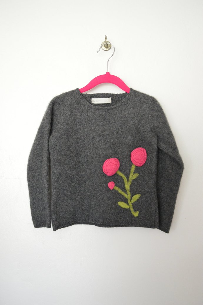 Toddlers Childs Dark Grey Cashmere Pullover Sweater with Felted Fuchsia Flowers