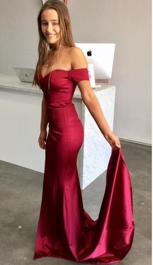 Gorgeous Off the Shoulder Mermaid Long Prom Dress with Train