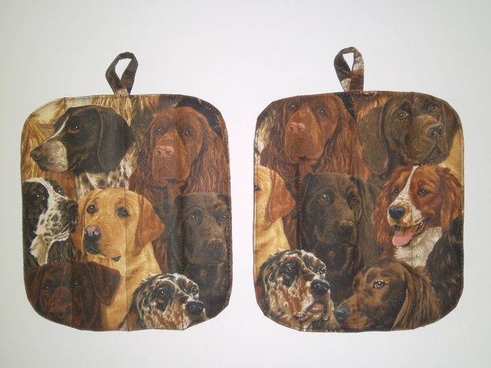 If you like dogs this print on our 2-Piece Potholder Set is for you!  Great for