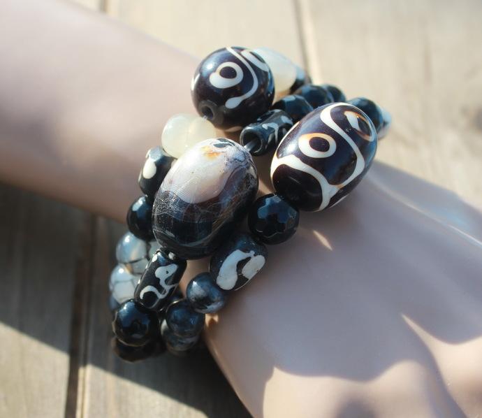 Black Natural Stone Stacking Bracelets Set of 3 Labordorite Onyx The Classics