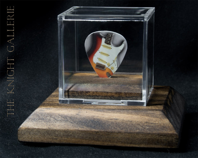 Commemorative Stratocaster guitar pick and display case