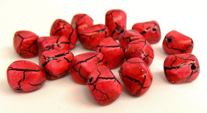 Fuschia Pink and Black Crackle Beads, 10 Vintage Hot Pink Bead, Beads For