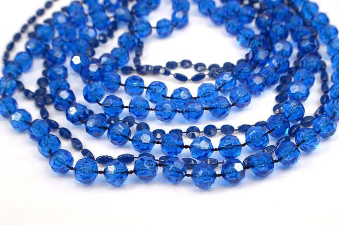 4 Blue Strand Necklaces, Jewelry Making Supplies, Navy Blue Acrylic Circle