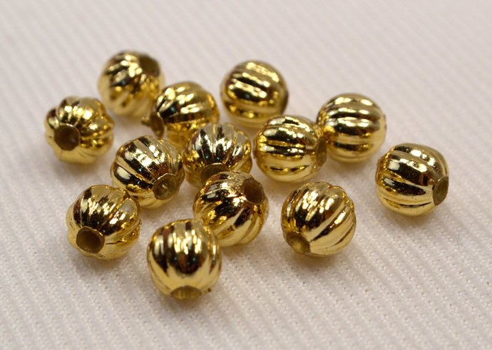 Gold Round Beads, 15 Lightweight Vintage Gold Beads, Loose Gold Corrugated