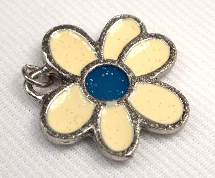 Ivory Daisy Pendant Charm, Flower Metal Charm, Retro Glow In The Dark Blue