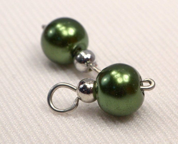 Green Pearl Charm Dangles, Pearl Jewelry Charm, Rich Green Round Pearl Loose