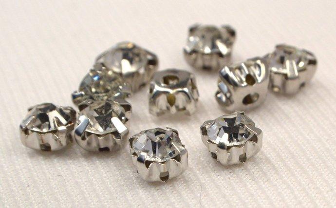 Silver Crystal Rhinestone Beads, 15 Rhinestone Montee Beads, Vintage Silver