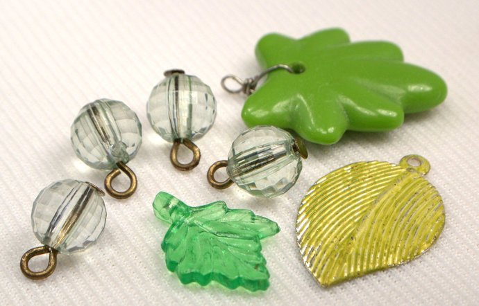 Green Charm Mix, 7 Loose Green Jewelry Charms, Mix Green Charms For Jewelry