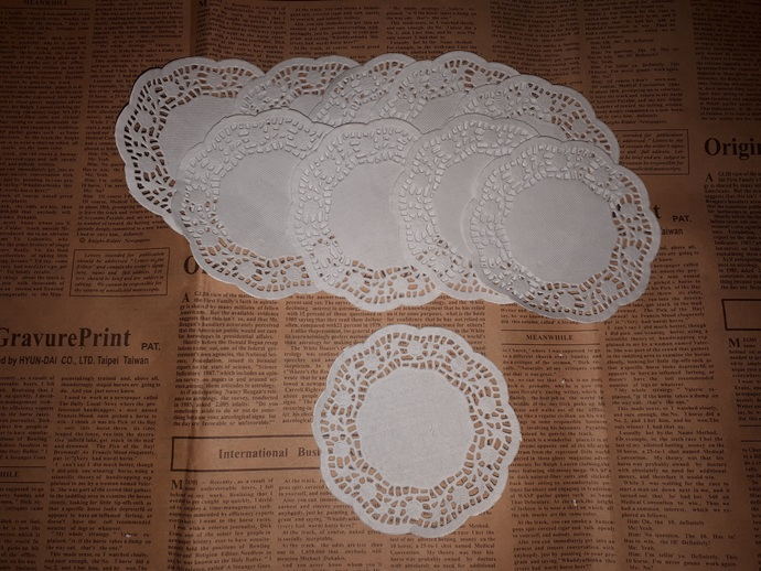 P113 White Paper Doilies (Pack of 10) Coffee Dye or Ink me to make me different