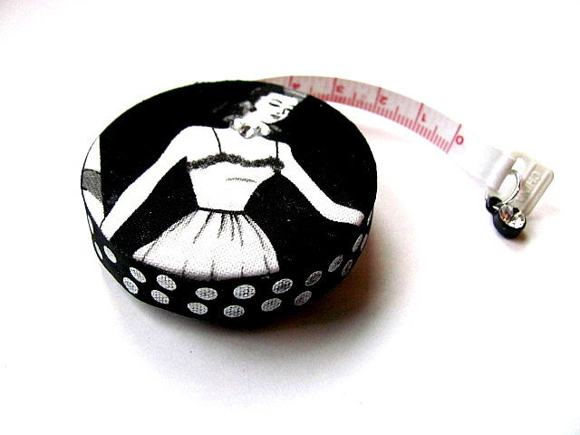 Tape Measure with Retro Ladies Retractable Measuring Tape