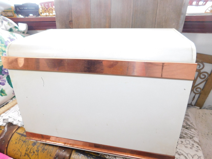 Metal Tin Bred box, Vintage bread Box, Shelf inside the Bread Box