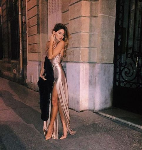 Fashion Backless Evening Dress Halter Pageant Dress with Slit Prom Dresses F2625