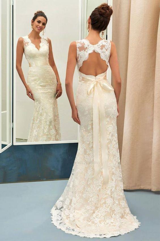 c2c9d0864904 Classic Lace Wedding Bridal Dress with Close-fitting Bodice, Mermaid Lace  V-neck