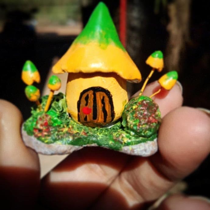 Mushroom house -green and yellow
