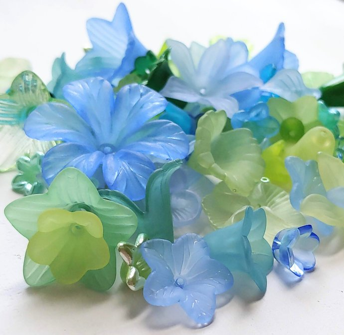 Lucite Flower Beads and Leaves, Sampler Pack, Blues and Greens