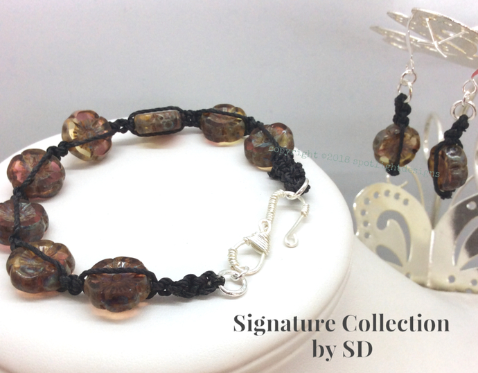 Signature Collection by SD Czech glass  Hibiscus flower bead bracelet earring
