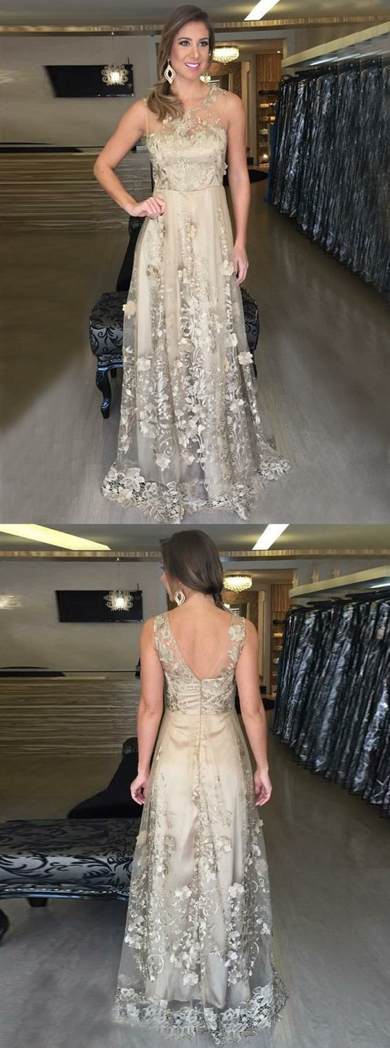 A-Line Scoop Floor-Length Light Champagne Tulle Appliques Prom Dress