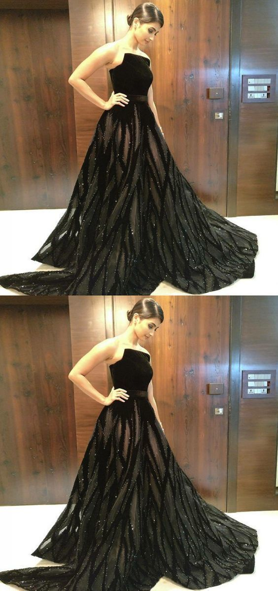 A-Line Strapless Floor-Length Black Tulle Prom Dress with Appliques Beading