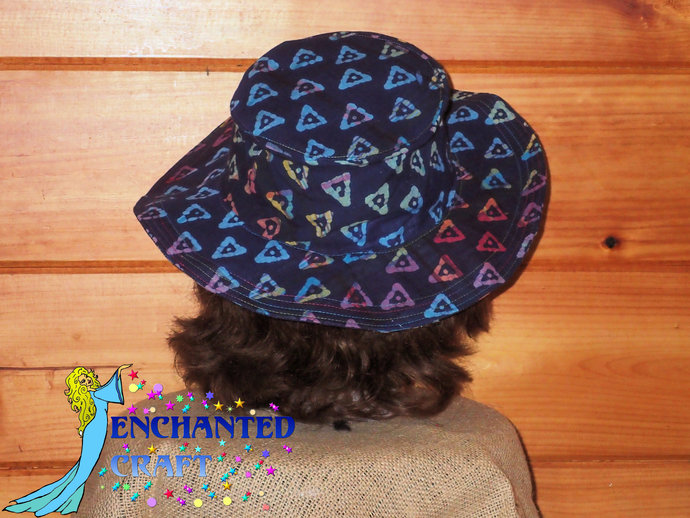 Travel Sun Hat- lays flat in a suitcase or tote in fun blue tie die triangle