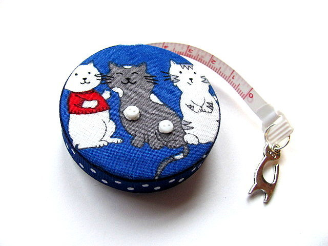 Retractable Measuring Tape with Cats on Blue Retractable Tape Measure