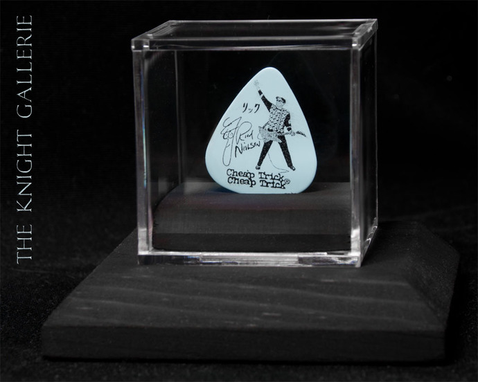 Authentic guitar pick and display case: Rck Nielsen / Cheap Trick
