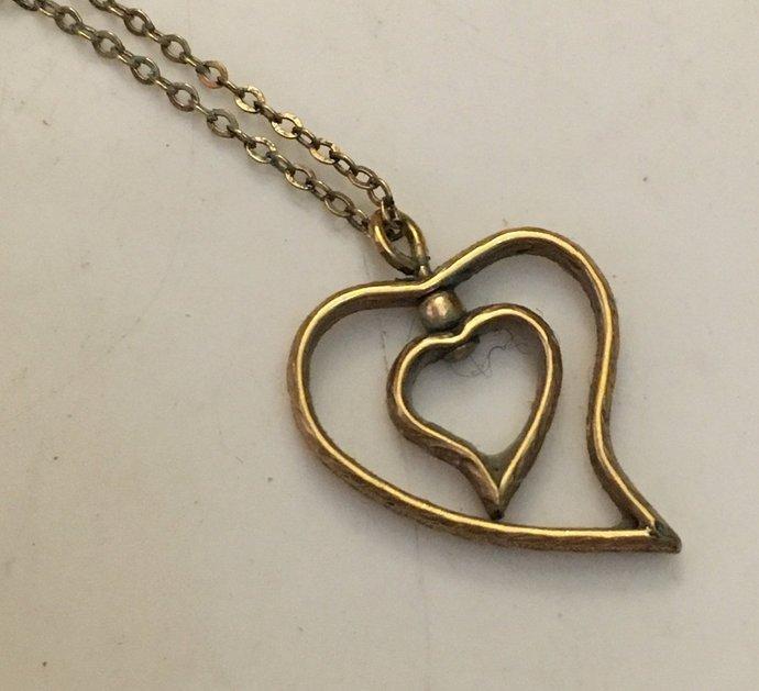 """Vintage Avon Floating Heart Gold 14kt Necklace 16"""""""