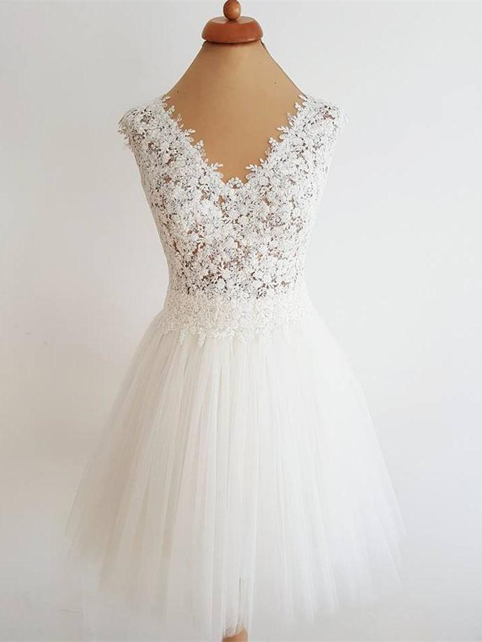 Elegant White Appliques A Line Prom Dress Tulle Short Homecoming Dress