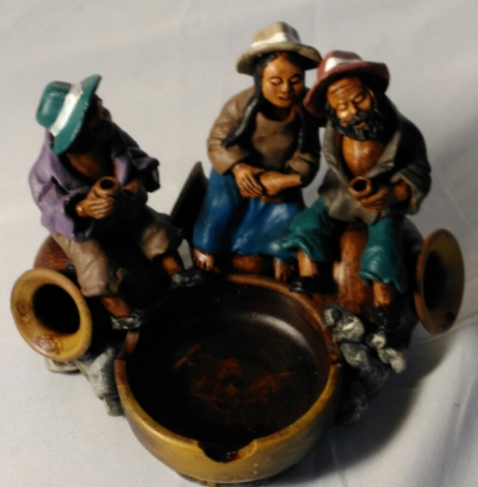 Handmade Ashtray/Design Clay Work Ceramic Art