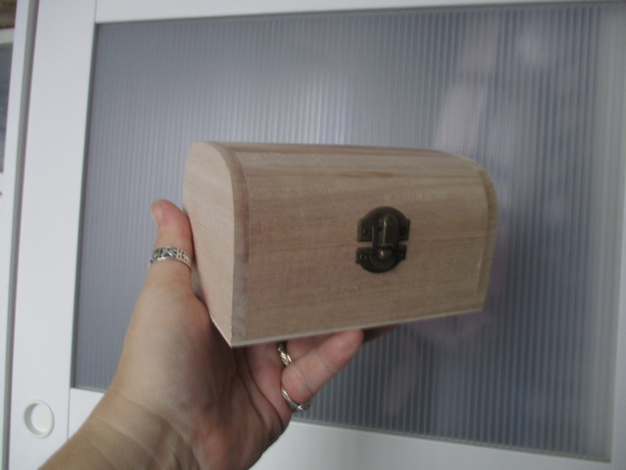 Wooden Box with Latch - Approx 6 inches wide