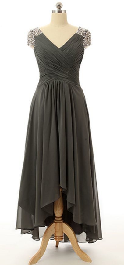 Elegant A Line Of Chiffon With A Long Evening Gown With A V-neck Zipper