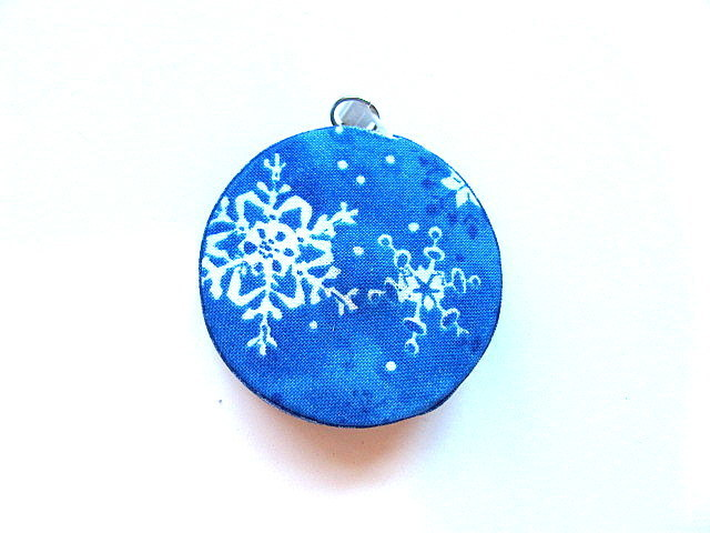 Small Tape Measure Snowflakes Retractable Measuring Tape