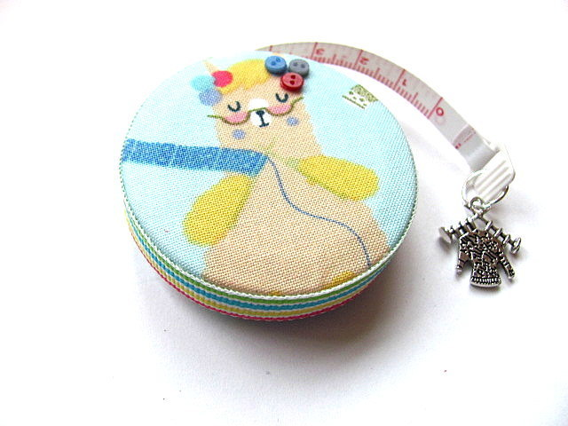 Measuring Tape Knitting Llamas Retractable Tape Measure