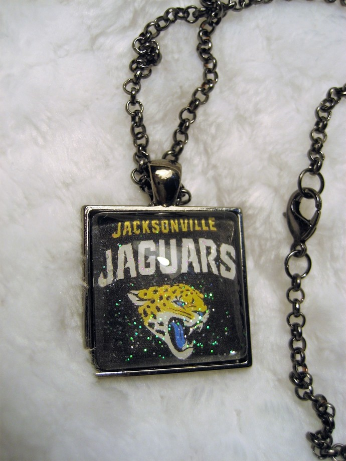 Jacksonville Jaguars fan Jewelry, Jaguars Necklace, Jaguars Jewelry