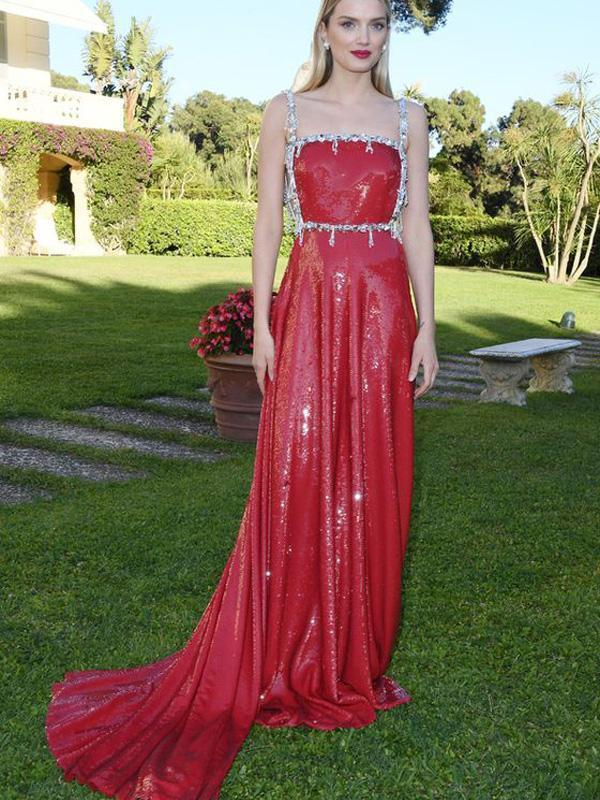 Gorgeous Red Sequin Beaded Sequin Long Prom Dresses