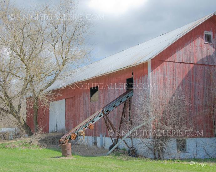 Classic Barn Portrait: My Neighbor's Big Red Barn